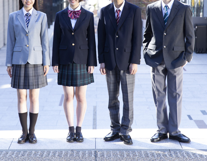 18 女子のなんちゃって制服ブレザーで人気の色は?3